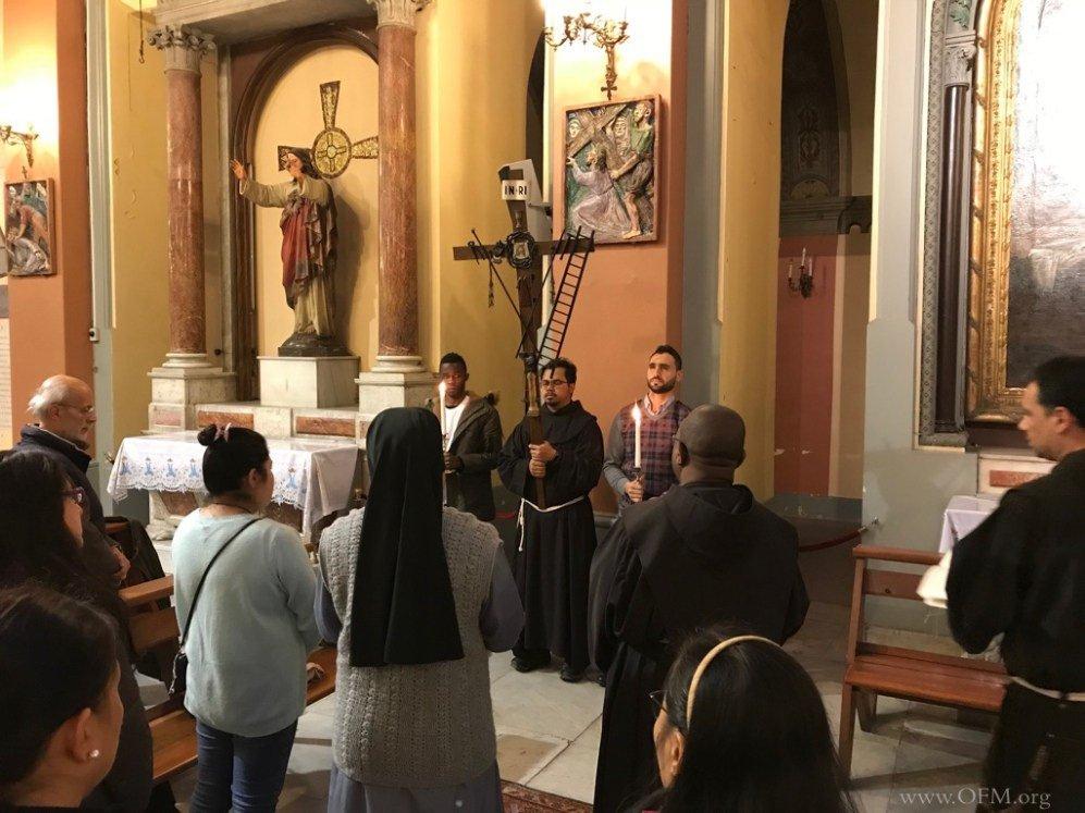 Via Crucis con los franciscanos en Estambul