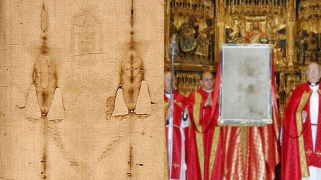 Fragmento de la Sábana Santa y a la derecha el Sudario