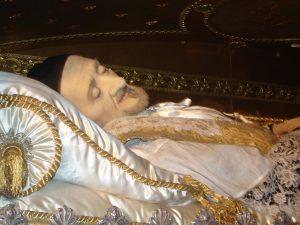 Reliquias de San Vicente de Paúl, en París