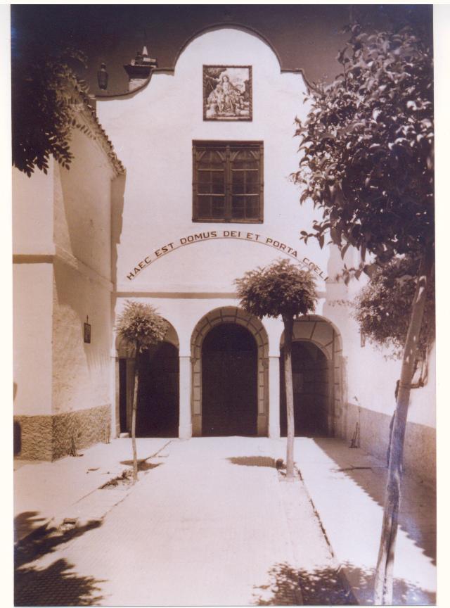 Entrada al antiguo convento de Granada