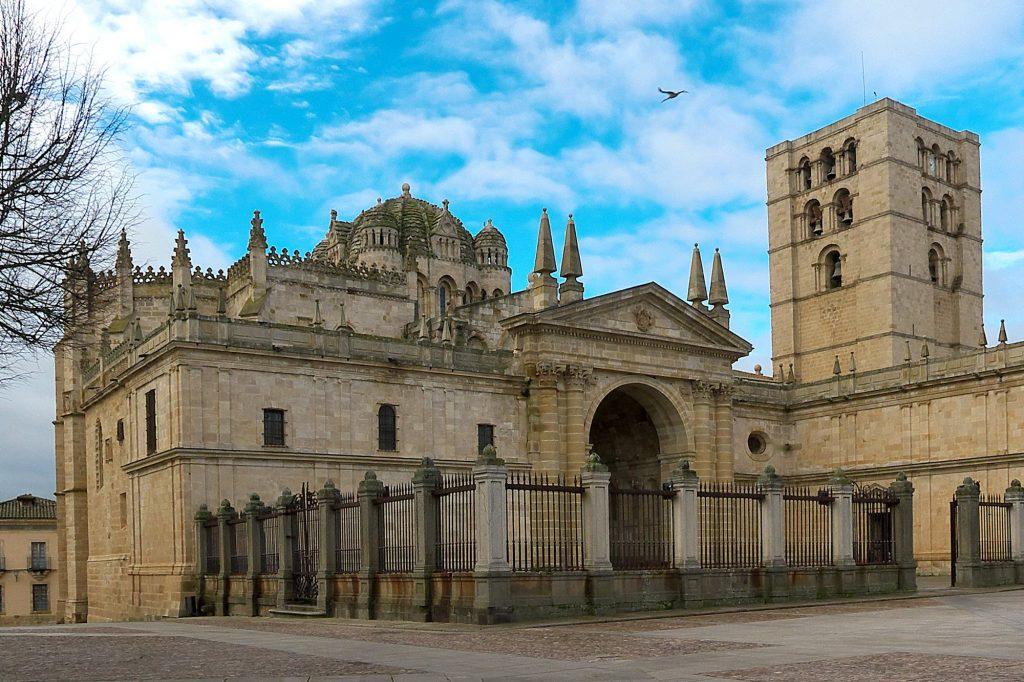 Exterior catedral de Zamora