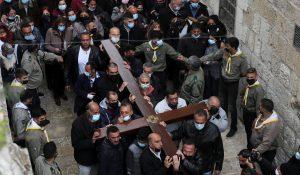 Via Crucis por la Via Sacra de Jerusalén