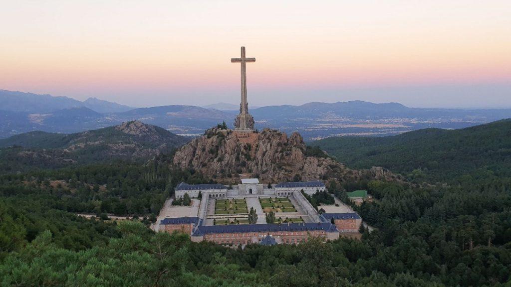 Cruz del Valle de Cuelgamuros
