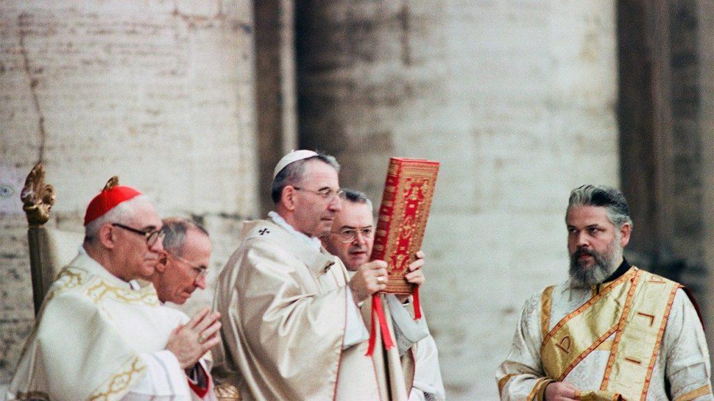 Juan Pablo I en la misa del inicio de su pontificado